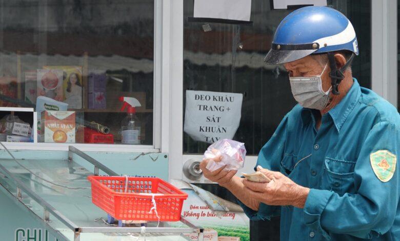 Từ ngày 26.9, người dân Tiền Giang được ra đường, doanh nghiệp vẫn '3 tại chỗ'   Thời sự