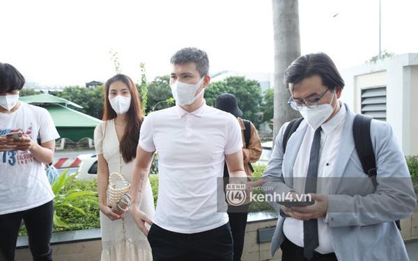 """Luật sư của Công Vinh - Thủy Tiên chính thức lên tiếng: """"Chúng tôi sẽ khởi kiện các cá nhân có hành vi vu khống, bịa đặt"""""""