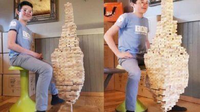 Cậu bé 12 tuổi lập kỷ lục cân bằng 1.400 khối gỗ